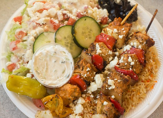 Another look at the chicken kebab platter.