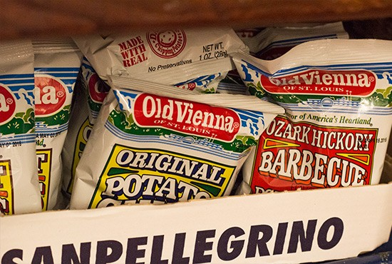 Old Vienna chips available.
