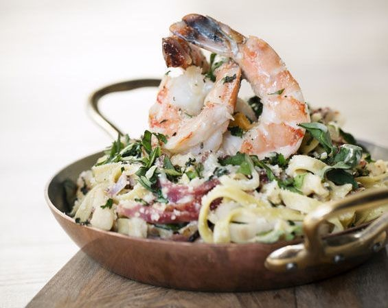 CUCINO PAZZO'S LINGUINE WITH SHRIMP AND CLAMS | RFT