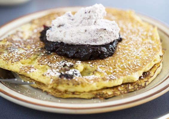 TRIPLE BLUEBERRY PANCAKES AT SOUTHWEST DINER | JENNIFER SILVERBERG