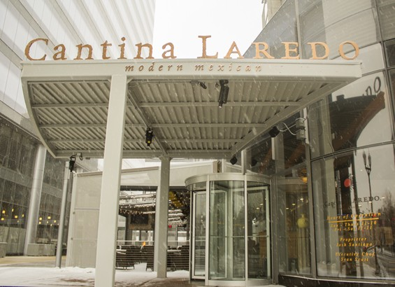 Outside Cantina Laredo at Centene Plaza on a snowy day. | Mabel Suen