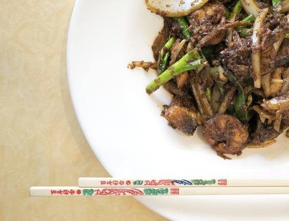 Luon xao xa ot, eel stir-fried in hot chili and lemongrass, at Mai Lee - JENNIFER SILVERBERG