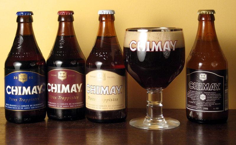"Impress your Thanksgiving guests by bringing Chimay and other top-notch brews. - USER ""RIFLEMANN,"" WIKIMEDIA COMMONS"