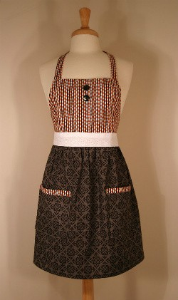 One of Gingerly Garnished's handmade aprons. - IMAGE VIA