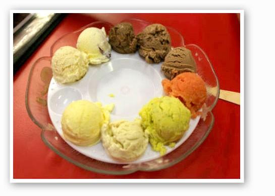 A flight of ice cream at I Scream. | Pat Kohm