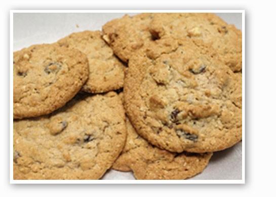 Oatmeal raisin cookies from Dough to Door. | Mabel Suen