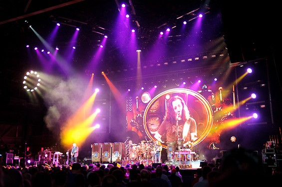 Rush at the Verizon Wireless Amphitheater. - TODD OWYOUNG