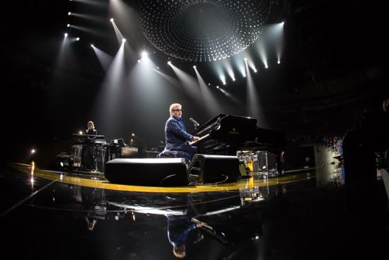 Elton John - KENNY WILLIAMSON