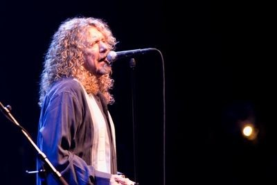 robert_plant_alison_krauss_at_fox_theater_st_louis_9_24_08.2576118.36.jpg