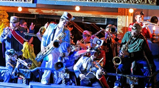 MUCCA PAZZA. PHOTO BY 8 EYES PHOTOGRAPHY