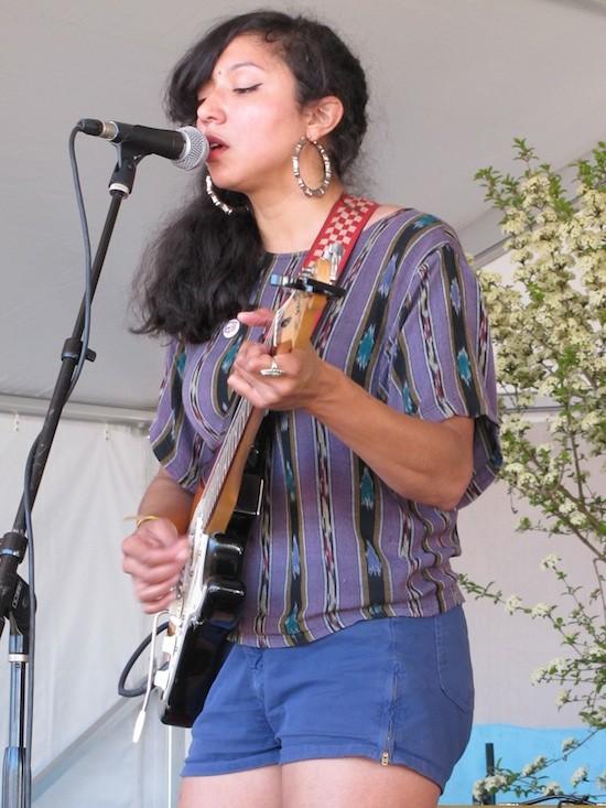 La Luz at Billy Reid's Austin Shindig - DANA PLONKA