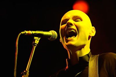 smashing_pumpkins_at_the_fox_theatre_11_26_08.2791867.36.jpg