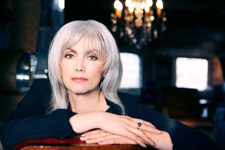 Emmylou Harris - PHOTO BY FABIO LOVINO
