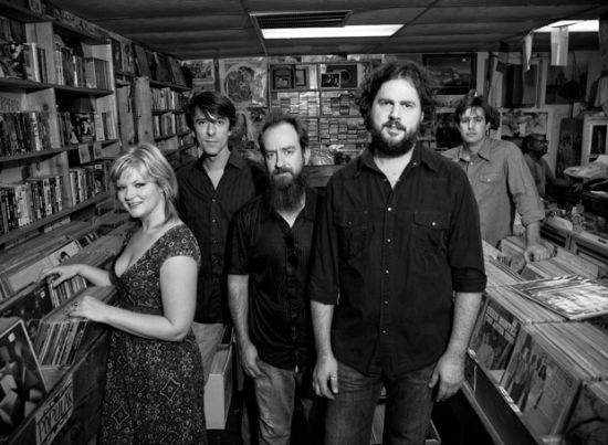 Drive_By_Truckers_Live_Photo.jpg