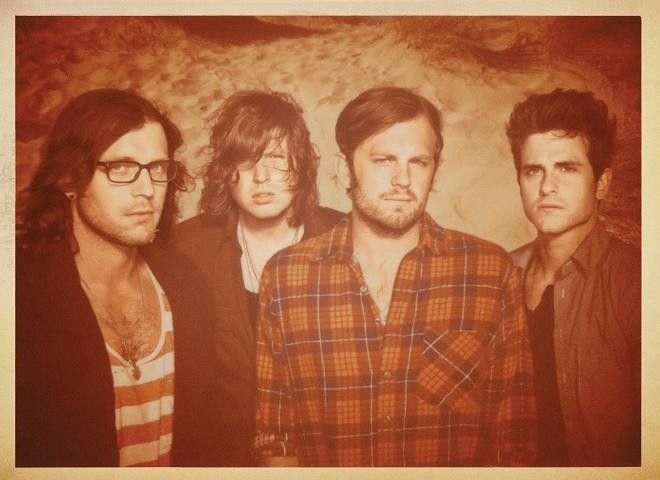 Kings of Leon - DAN WINTERS