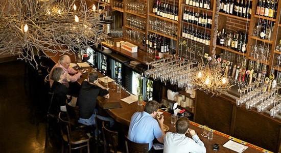 bridge_tap_house_and_wine_bar_1.4766594.131.jpg