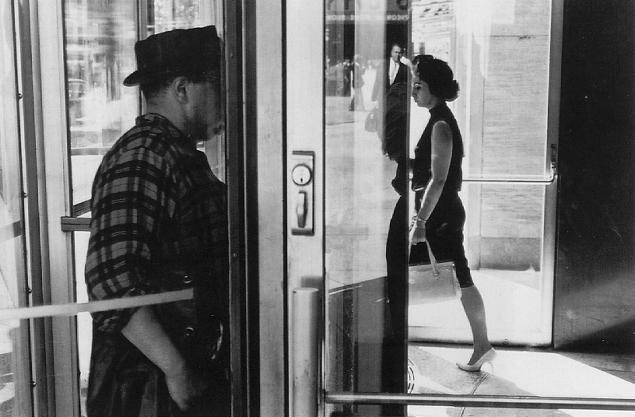 Lee Friedlander, American, born 1934; New York City, 1963, printed 2006; gelatin silver print. Saint Louis Art Museum, Funds given by Margery Armstrong in honor of Jeffrey T. Fort 13:2009; Lee Friedlander. - COURTESY FRAENKEL GALLERY, SAN FRANCISCO