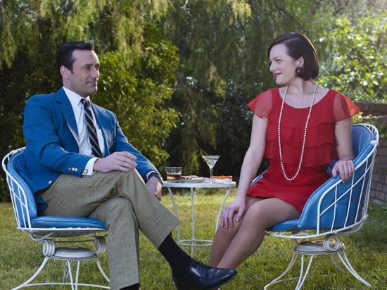 Don Draper and Peggy Olson. - AMERICAN MOVIE CLASSICS