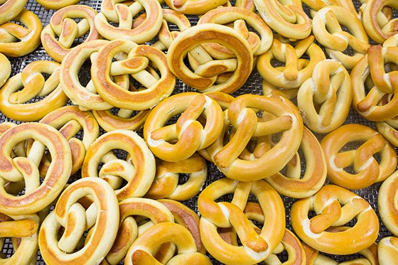 Fresh Gus' Pretzels, ready to take a dip in butter and seasonings.