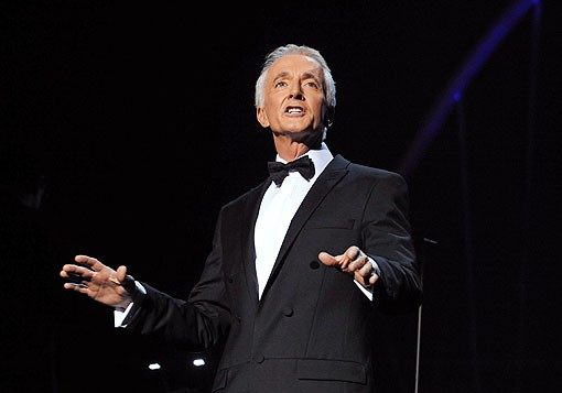 anthony_daniels_star_wars_tux.jpg