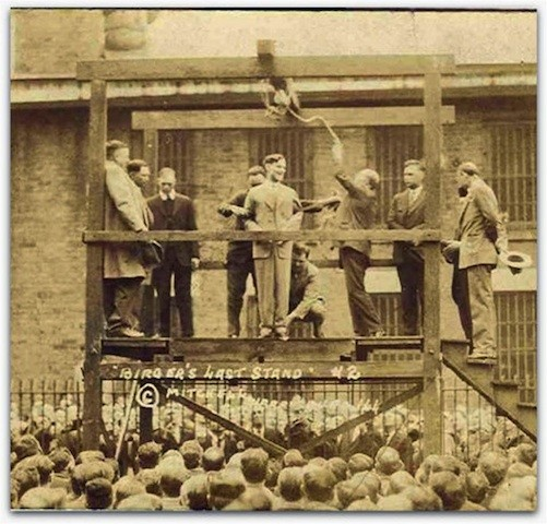 This 1928 photo shows Charlie Birger, center, on the gallows just before his public hanging in Benton, Illinois.