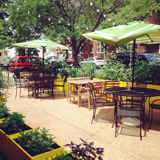 PATIO AT LULU'S LOCAL EATERY | PHOTO COURTESY OF LULU'S LOCAL EATERY