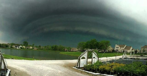 St. Charles County was looking grim, too. - PHOTO COURTESY OF INSTAGRAM / E_LIZA522