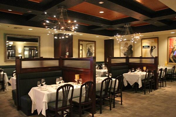 Herbie's main dining room. - CHERYL BAEHR