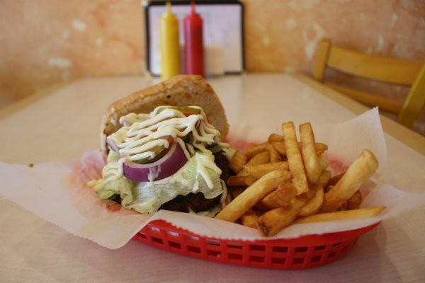"""The """"Yapi Burger."""" - CHERYL BAEHR"""
