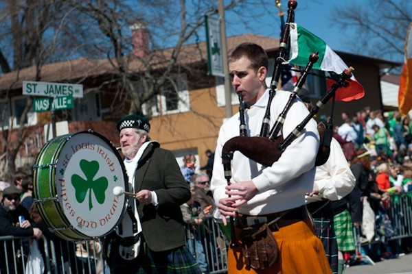 The pipers are playing a sad tune today. - JON. GITCHOFF