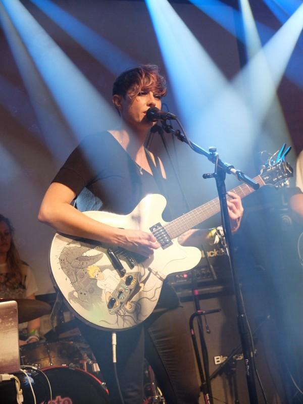 She Drew the Gun at British Music Embassy - DANA PLONKA