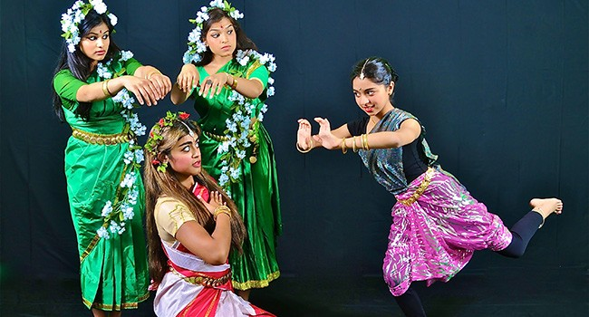 The St. Louis Dance Festival celebrates the dances of India this Sunday.