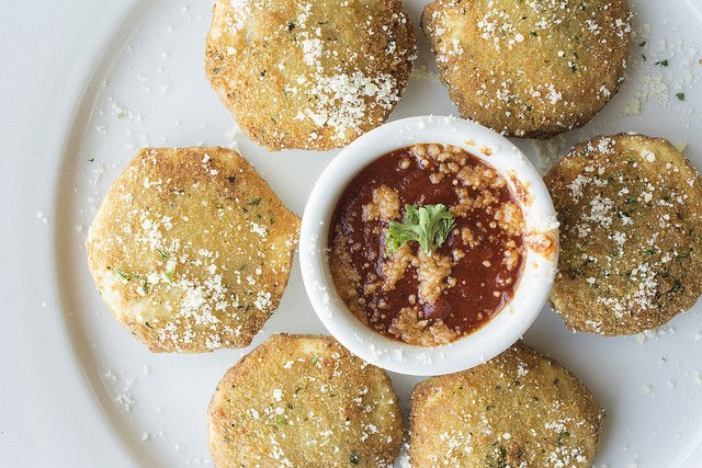 Toasted Ravioli at Dado's Cafe. - PHOTO BY MABEL SUEN.