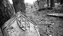 Matzevah Foundation: Christians Travel to Poland to Repair Jewish Cemeteries