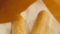Battle of the Breadsticks: Fazoli's vs. Olive Garden