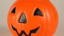 30 Last-Minute Halloween Jokes for Trick-or-Treaters