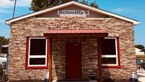 Schmitty's Sunset Inn Again Brings Live Music to a Sleepy Cornfield in Illinois