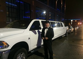 St. Louis Pickup Truck Limo Featured in <i>Dumb and Dumber To</i>