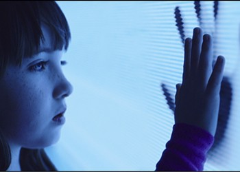 """The """"New"""" <i>Poltergeist</i> Shoulda Stayed Dead"""