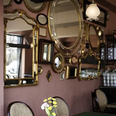 DeMun Oyster Bar