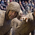 <i>Leatherheads</i>, George Clooney's ode to screwball comedies of yore is sooooo close. But yet.