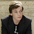 Teen comedy <i>Charlie Bartlett</i> could use a dose of mean