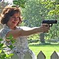 Hedda's a Pistol