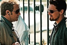 Sweet little Lies: Russell Crowe and Leonardo DiCaprio in Ridley Scott's latest.
