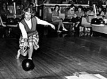 Greta Scher drops the hammer on a stone 7-pin as - 2005 comes into being.
