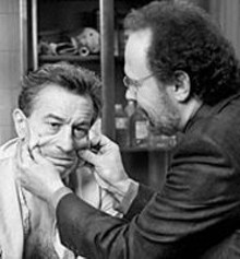 Robert De Niro and Billy Crystal in Analyze That