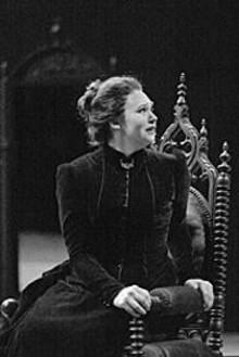 Jennifer Welch-Babidge as Lucia in Lucia di Lammermoor