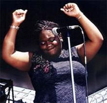 Shemekia Copeland: Hey sister, go sister  gotta get that soul, sister.