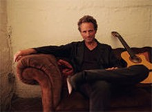 Lindsey Buckingham: The Fleetwood Mac vet always  wait - for it  goes his own way.