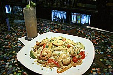 KRISTAN LIEB - On a roll: Amigos Cantina's Mexican Margarita and chicken-and-steak fajita combo.